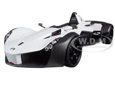 BAC MONO METALLIC WHITE 1/18 MODEL CAR BY AUTOART 18111