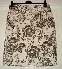 Damenrock Tulpenschnittt Gr. 40 hellgelb mit olivegrünen Blumenmuster