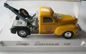 Solido 4424 1:43 Dodge Depanneuse Tow Truck STP
