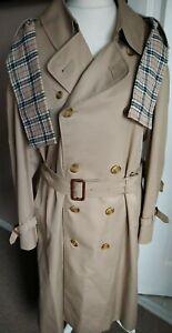 Men's Vintage 1976 Daks London Regal Design Double Breasted Trench Coat Scarf 42