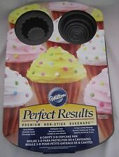 Wilton Industries Perfect Results 6 Cavity 3 D Cupcake Pan NEW