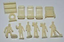lot of 12 vintage Mechanic Plastic  FIGURES / SOLDIERS 60-70s