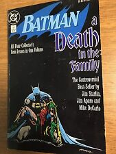 DC COMICS 1988 BATMAN: A DEATH IN THE FAMILY TRADE PAPERBACK SECOND PRINT USED