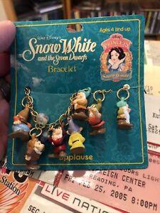 Vintage APPLAUSE DISNEY Snow White Seven Dwarfs Charm Bracelet Read Description