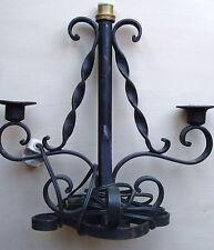 luminaire vintage fer forgé électrique et à 2 bougeoirs traditionnels de table,