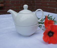 Edel und schlicht: Tea for One in Weiß, 2- teiliges Set aus Qualitätsporzellan