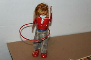 VERY NICE 1950'S TIN WIND UP  HULA-HOOP GIRL