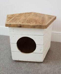 Cat Box Dog Box Unique Pentagonal Design With Lid - free postage