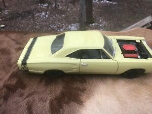 "1:18 ""American Muscle"" 1969 Dodge ""Super Bee"" ERTL"