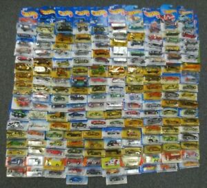 172 HOT WHEELS & MATCHBOX CARS - IN PACKAGES - WHOLESALE BULK COLLECTION LOT