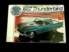 Model Kit 1957 Ford Thunderbird AMT Modern Classics 1:25