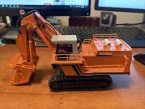 Shinsei Models 1/60 Scale Diecast 620 - Hitachi EX1800 Giant Excavator