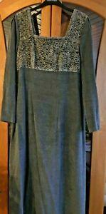 Kleid Mothwurf  Gr.40