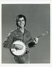 JIM STAFFORD HOLDS BANJO THE JIM STAFFORD SHOW ORIGINAL 1975 ABC TV PHOTO