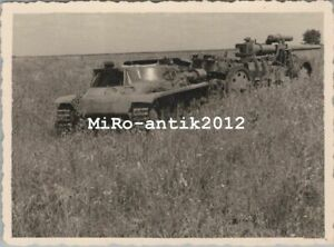 Foto, Wk2, Hotchkiss Panzer mit Geschütz im Anhang, Frankreich (N)50189