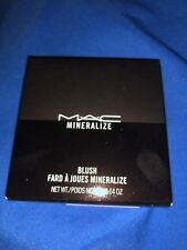 Mac Mineralize Blush ( Flirting With Danger)