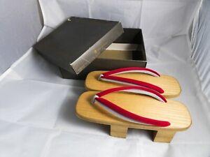 Vintage Authentic Wooden Japanese Geta Clogs Sandals Shoes - Takashimaya