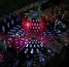 SOLARE alimentato Funky Fragola Frutta da Appendere Lanterna Luci Giardino in metallo Decor