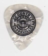 COUNTRY MUSIC HALL of FAME & MUSEUM WHITE GUITAR PICK NASHVILLE TENNESSEE OPRY