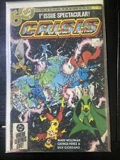 Crisis on Infinite Earths #1 (March 31, 1985) – First Blue Beetle in Dc. Vg+
