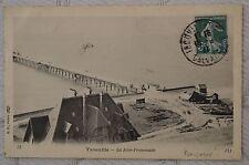 "CPA "" TROUVILLE - La Jetée-Promenade"