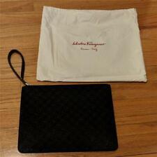 $850 Mens Salvatore Ferragamo Doppio Embossed Leather Gancio Pouch Black