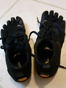 VIBRAM SOFT FIVE FINGERS TOE SHOES RUNNING SHOES SNEAKERS SIZE USA 9 TO 9 1/2