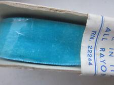 Ancien ruban  velours,galon,mercerie , linge ancien. Melody bleu turquoise. 9 m