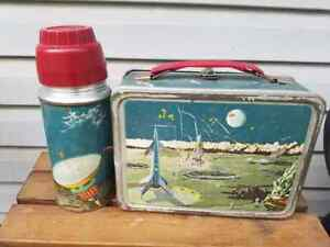 Vintage 1958 Thermos Lunchbox Space  Astronaut Metal  with Thermos Holtemp
