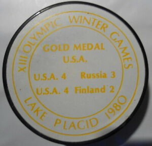 1980  USA  HOCKEY  OLYMPIC WINTER GAMES   LAKE   PLACID   PUCK   WHITE