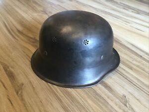 Stahlhelm Wehrmacht? Feuerwehr?