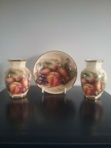 aynsley orchard gold/fruit ,pair of small vases and pin dish