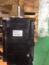 SGMP-15AWYR11 Yaskawa AC Servo Motor w/ plugs