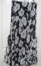 Noni White & black Floral skirt it has frills & flared size 12 A quality item