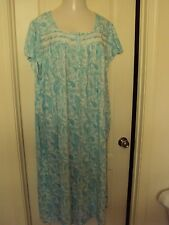 Croft and Barrow Blue Paisley Print nightgown size 3X  Cap sleeves