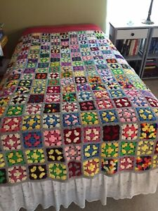 """Vintage Granny Square Afghan Crochet Throw Blanket Roseanne Twin Size 74"""" X 64"""""""