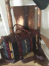 VTG PENDLETON NATIVE AMERICAN WOOL BLANKET LEATHER  DUFFLE BAG LUGGAGE USA MADE