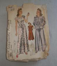 Vintage Women Sewing Pattern Pajamas 40's Simplicity 3422