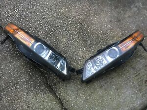 2004 2005 2006  Acura TL Headlights XENOn HID Right And Left Side Pair OEM
