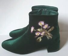 Hot Kiss velvet green floral embroidered ankle boots booties 7