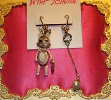 ♡ Betsey Johnson Costume Critters Kitty CAT Rabbit Suit Mismatch Dangle Earring