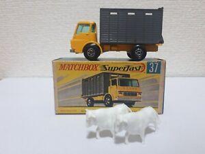 Matchbox - #37 Dodge Cattle Truck