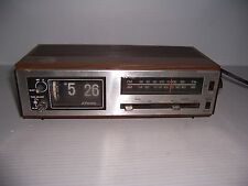 Vintage Retro JCPenney Flip-Clock Alarm Clock AM-FM Radio Model 680-3763