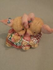 Enesco 1994 This Little Piggy Makes Three Figurine gy Mary Rhyner, #130931