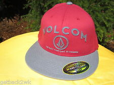 NEW VOLCOM BALL CAP HAT TRUCKER MENS S M 210 Fitted Flexfit Red Grey