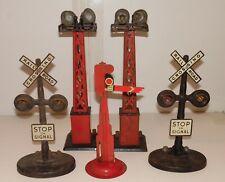 Marx 5 Piece Set Signals, Signs, Flood Lights O Scale