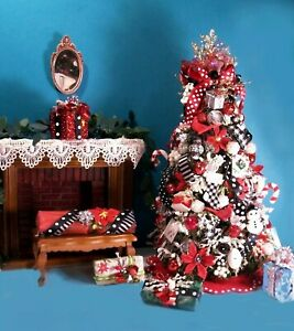 Dollhouse Miniature Christmas Tree 1/12 scale,  Skirt + 5 Presents Handcrafted