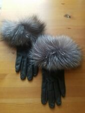 Leather and fox black gloves