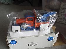 SpecCast Ford Model A Wrecker Truck Gulf Bank 1/25 Scale NIB