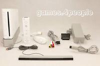 Nintendo Wii weiß Konsole (PAL) mit ORIGINAL Remote Controller, Nunchuk & Kabel